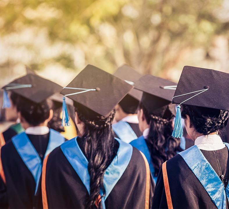 etudiants-diplomes